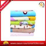 Coperta di lavoro a maglia cinese del panno morbido del bambino dei reticoli con la casella