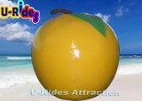 Bouée de flottement gonflable d'Apple de mer jaune de forme
