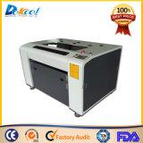 Machine de gravure à coupe laser CO2 pour plastique, bois, plaque en bois