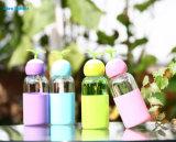 Diseño creativo Linda taza de agua de botellas de vidrio con eltitular de la funda de silicona
