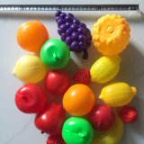 De hete Jonge geitjes beweren het Speelgoed van het Spel Snijdend Stuk speelgoed van de Keuken van het Fruit het Vastgestelde
