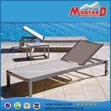Classic Outdoor Sling Textile Plastique Sun Lounger Mobilier de jardin Poolside Loungebed