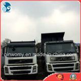 VolvoはFM8大将Selfをまたはダンプの重い貨物トラックトラックで運ぶ