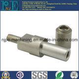 Garnitures de pipe filetées par femelle de usinage d'acier inoxydable de précision d'ODM