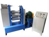 L'équipement utilisé et trois en caoutchouc du rouleau de remorquage Machine de la calandre