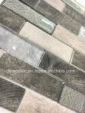Neueste Technologie, die graue hölzerne Glasmosaik-Fliese blockiert