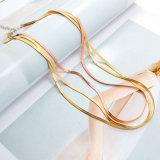 金またはローズの金カラーの薄い多層ヘビのチョークバルブのネックレス