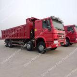 Sinotruk 8X4 HOWOの12車輪カスタマイズ可能な容積トン数のダンプトラック