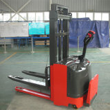 pedal 1500kgs en el apilador de potencia eléctrico de la paleta de la batería llena para el pasillo estrecho