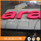 Sinais baratos personalizados da letra de canaleta do diodo emissor de luz da loja
