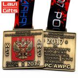 En alliage de zinc faits sur commande la médaille russe rectangulaire de médaillon de récompense de carnaval de sport d'émail mol de moulage mécanique sous pression