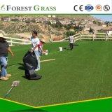 Pátio de relva artificial de paisagismo