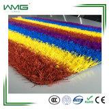 Het kleurrijke Kunstmatige Decoratieve Gras van de Tuin voor Binnenplaats