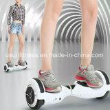 Planche à roulettes de équilibrage de Hoverboard Bluetooth de scooter de planche à roulettes de 6.5 pouces de vol plané d'individu électrique de panneau