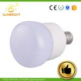 Tampa de plástico de LED de alumínio60 7W E27 Lâmpada Global