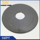 Le lamierine rotative che tagliano i dischi con la circonvallazione di taglio del mandrino hanno veduto