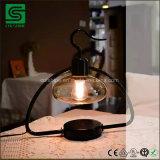 La lámpara de mesa de metal decorativo soporte LED de luz con cubierta de vidrio y atenuador