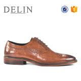 Nuevo estilo de zapatos de vestir de cuero auténtico para hombres