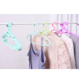 La production d'usine de crochet en plastique multifonction couleur