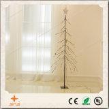 نقطة إيجابيّة جذّابة - إلى أسفل شجرة ضوء مع علبيّة نجم لأنّ عيد ميلاد المسيح/عرف/حزب زخرفة