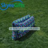 屋外の不精なベッドの膨脹可能な空気不精な寝袋のソファー