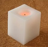 [لد] يستشفّ/يبرق شمعة/[لد] لون شمعة