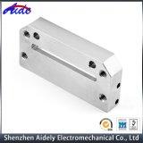 Часть CNC изготовленный на заказ точности подвергая механической обработке алюминиевая для Оптически-Связи