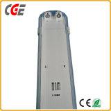 Indicatore luminoso T5/T8 30cm/60cm/90cm/120cm del tubo di alta qualità LED integrati con la parentesi IP65