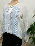 2017人の新しい方法白い刺繍の女性のブラウスデザイン包帯の長い袖の大きさの卸売の衣類