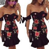 Mini vestido bordado floral L28222