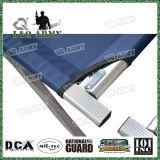 キャンプのためのFoldableベッドの軍の折畳み式ベッド