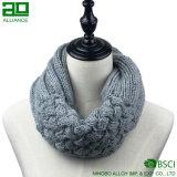 Цветастой связанный таможней шарф безграничности шарфа