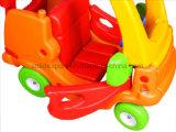 In het groot Rit van het Stuk speelgoed van het Jonge geitje van de Veiligheid van het kind de Leuke op Auto de Auto van het Speelgoed van de Prinses