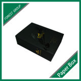 Caja de embalaje del vino acanalado negro de Matt con insignia del oro