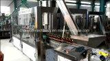 Enchimento de garrafas de água mineral e máquina de embalagem