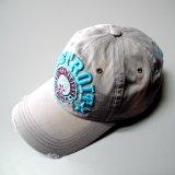 Gorra de béisbol de encargo de la insignia con la tela de algodón