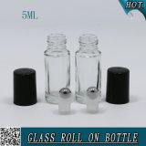 Rodillo de cristal verde de los cosméticos de la alta calidad 5ml en la botella para el aceite esencial