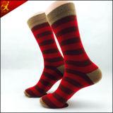 Baumwollmaterielle kundenspezifische Mann-Socke