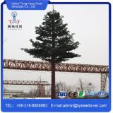 Torre de acero Telecom camuflada galvanizada de la torre del árbol de pino