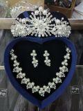 Preiswerte Brauthochzeits-Zubehör-Luft-gesetzter Halsketten-Kronen-Ohrring