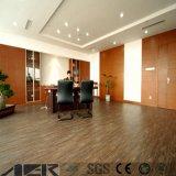 Lvt de PVC de alta calidad de suelos de vinilo suelos de parqué para el hogar /Office