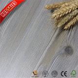 Tasación laminada del suelo de la alta calidad HDF 12m m