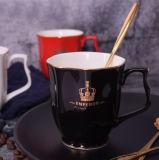 10のOzの金カラーヨーロッパの陶磁器のコーヒー・マグの贅沢な磁器のコーヒーカップ