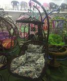 Présidence de jardin en plastique de luxe d'église dinant la présidence extérieure d'oscillation de banquet