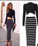 女性のマキシの長い袖の二つの部分から成った鉛筆のスカートの縞の服