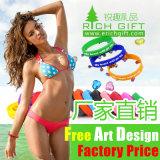 Bracelet blanc bon marché en gros de silicones avec le logo personnalisé d'impression