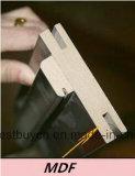 Alloggiamento Using il portello classico di legno di disegno MDF/PVC