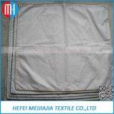 Материал из 100% хлопка, пуховые подушки белого цвета крышки