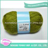 delicatamente filato di lana acrilico di miscela di verde 12s/4 per i calzini di lavoro a maglia