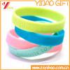 Bracelet/bracelet faits sur commande de silicones de logo pour des cadeaux de décoration